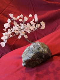 Rose quartz crystal healing tree  Hounslow, TW3 3HH