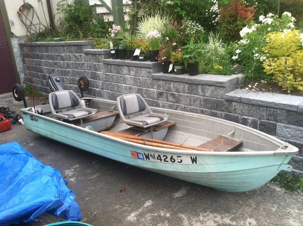 Aluminum Fishing Boats For Sale >> Used 12 Foot Aluminum Fishing Boat For Sale In Seattle Letgo
