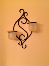 Set of Two Partylite Wrought Iron Wall Sconces - Like New. London, N5Y 4X7
