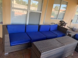 Outdoor Patio/Pool Furniture , 2 Tables, 2 Chairs, 9 Pieces Total