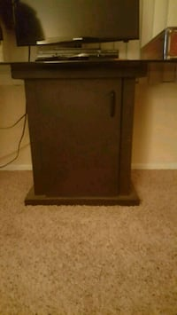 Fish Tank or TV Stand Hesperia, 92345