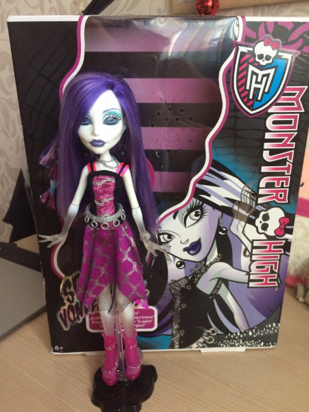 Кукла Monster High с коробкой