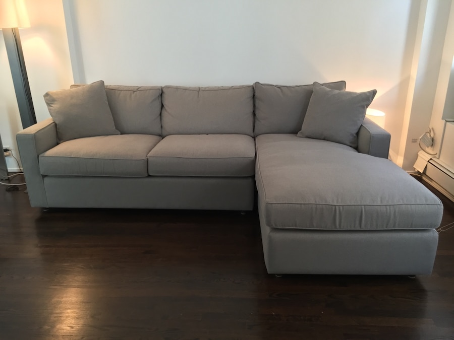 Used room board york sofa with right arm chaise in for Chaise york