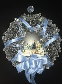 Gorgeous Thomas kinkade holiday brilliance illuminated wreath  Kettering, 45440