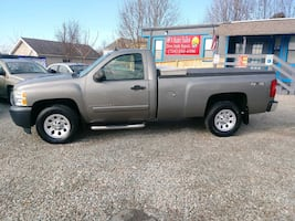 2007 Chevrolet Silverado 1500 Work Truck 4X4 Regular Cab LWB