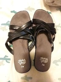 Flat sandals size 7 Winchester, 22602