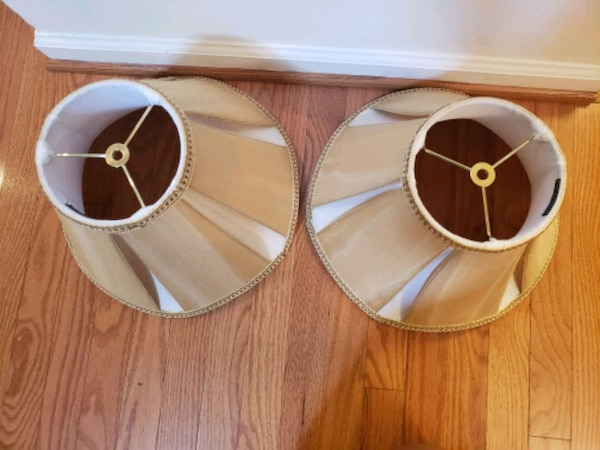 two brown-and-white lamp shades fb7f2f1b-1312-44ac-9305-8b2aa033be2f