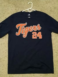 Large miguel cabrera jesey shirt Lapeer, 48446