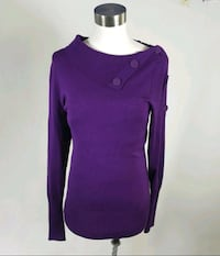 Women's sweater size Medium Port Moody, V3H 4X3