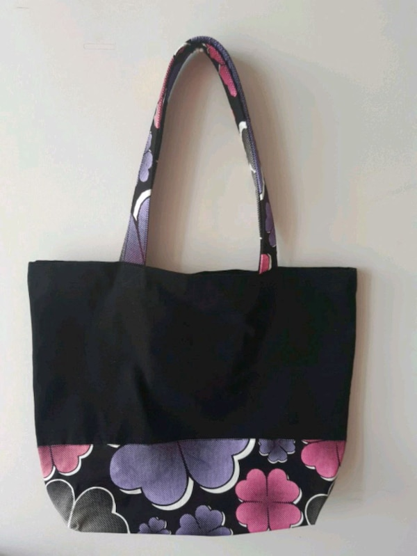 Canvas bag 1613c697-279c-41a3-a2da-acb5c61a4ee3