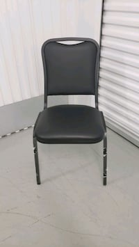 set of 2 Stackable chairs