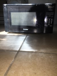 black and gray Emerson microwave oven Costa Mesa, 92626