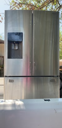 Stainless steel refrigerator with handles Belton, 76513