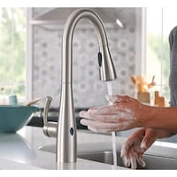 NW Moen Touchless Pull Down Sprayer Kitchen Faucet Saint Joseph, 56374