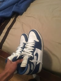 unpaired blue and white Nike basketball shoe Los Angeles, 90047