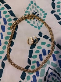 Gold necklace n hoops Middletown, 45042