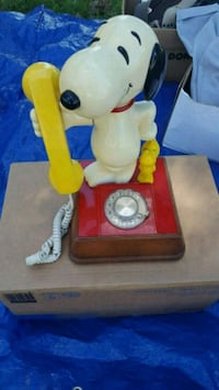 Snoopy and Woodstock rotary phone Laurel