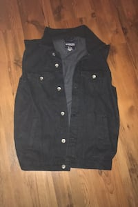 Bluenotes denim vest XL can fit large