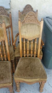 Older style dining table chairs Chula Vista, 91911
