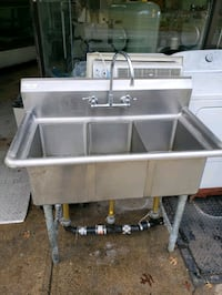 Commercial stainless steel three compartment sink Queens, 11422