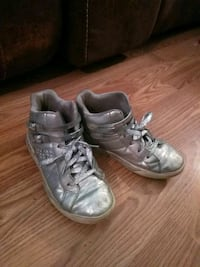 pair of gray leather shoes San Angelo, 76901