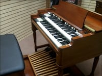 Hammond B3 Organ w/Leslie, pedals and bench 49 km