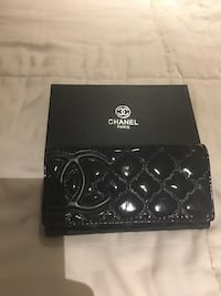Chanel Patent Leather Quilted Wallet Warwick, 02888