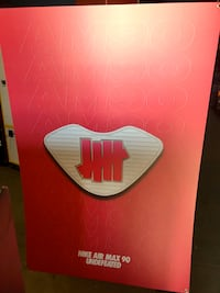 NIKE AIR MAX 90 'UNDEFEATED' 6 feet Hanging Cardboard Exclusive New York, 11214
