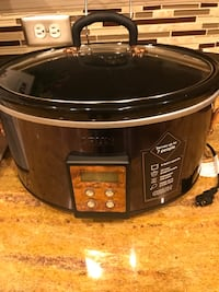 6 QT Programmable Slow Cooker (NEW) Frederick, 21704