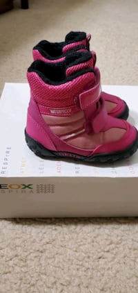 Geox baby girl winter boots, new,  size 5 1/2 US,  21 EUR North Bethesda, 20852