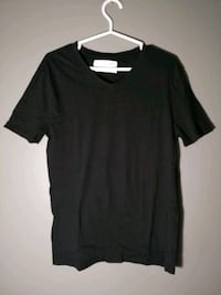 Zara V-neck - Black  Guelph