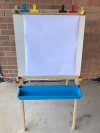 blue and brown wooden easel Olney, 20832