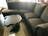 Like new sectional Mississauga, L4X 1C5