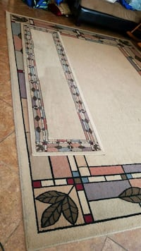 7'x10' Living room rug with runner  Tracy, 95377