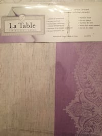 Brand new Lavender Damask tablecloth in size 60x108  . 6-8 people. Never even opened . Mississauga, L5V 1X7