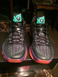 NEW KD 8 SIZE 10.5