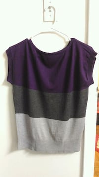 Women's purple and black sleeveless top. Rockville, 20852