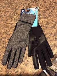 Women's isotoner smarTouch gloves S/M Fiskdale, 01518