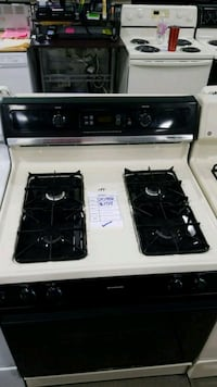 Hotpoint natural gas Stove 30w  Hauppauge, 11788