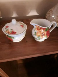 white and red floral ceramic tea set Oakton, 22124