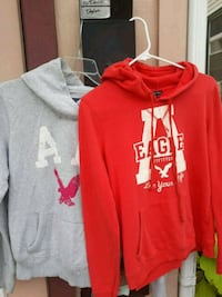 red and white pullover hoodies Martinsburg, 25401