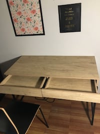 Loring Writing Desk/ Chair