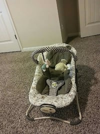 baby's gray and white bouncer San Antonio