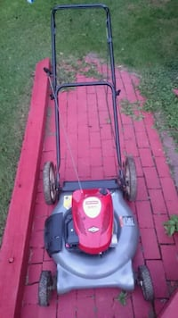 Craftsman 3 in 1 gas lawn mower without bag Fairfax, 22033
