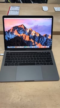 Macbook pro 2016 256 ssd ( 85 cycle) warranty at apple Roma, 00183