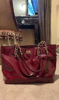 Ruby Red Coach Purse Markham, L3P 3E1