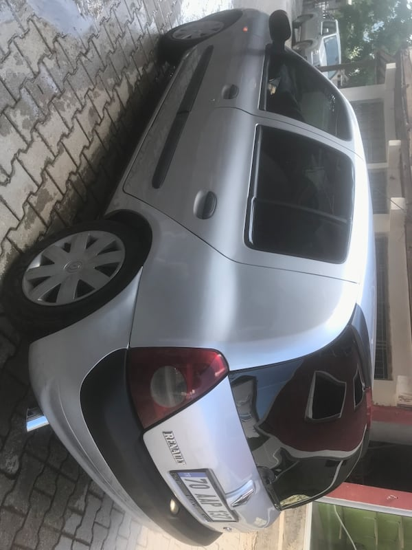 2006 Renault Clio AUTHENTIQUE 1.5 DCI AC 4