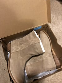Brand new (with tags) TOMS booties, size 7 Monterey, 93940