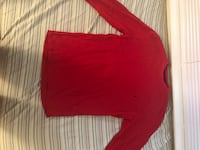 Red crew-neck long-sleeved shirt Germantown, 20874