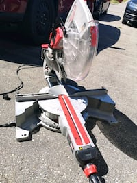 Milwaukee sliding mitre saw 12 inch Vaughan, L6A 1Y7
